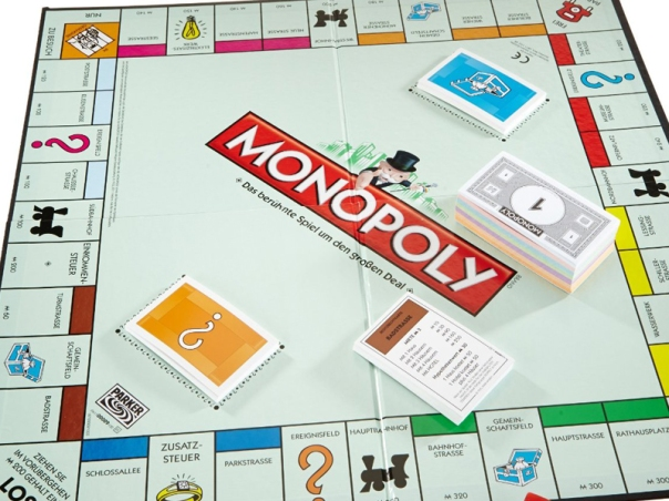 blockchain-technology-and-the-monopoly-board-game